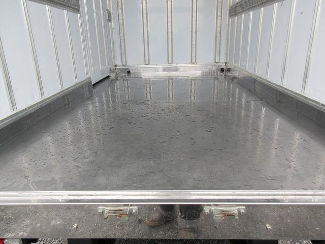 2t標準ショート 冷蔵冷凍車(低温) サイドドア 全低床(5枚目)