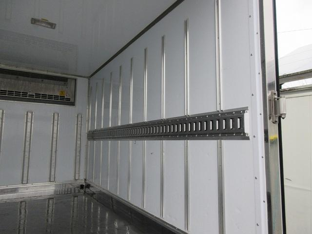 2t標準ショート 冷蔵冷凍車(低温) サイドドア 全低床(6枚目)
