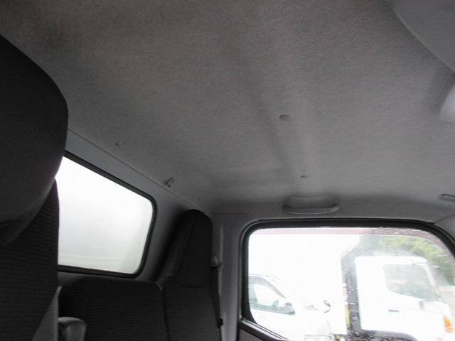 2t標準ショート 冷蔵冷凍車(低温) サイドドア 全低床(16枚目)