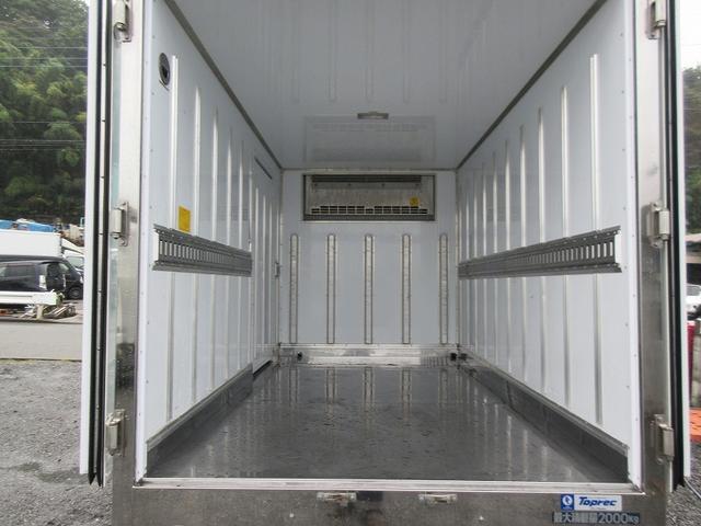 2t標準ショート 冷蔵冷凍車(低温) サイドドア 全低床(20枚目)