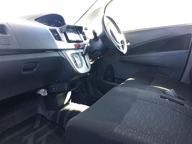 スバル ステラ カスタム R リミテッド 4WD メモリーナビ バックカメラ