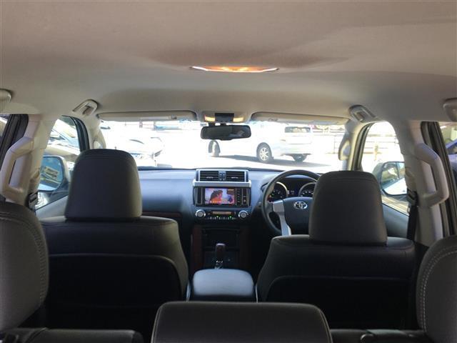 TX Lパッケージ 社外ナビ/フルセグ/バックカメラ/Bluetooth/ビルトインETC/LEDヘッドライト/クルーズコントロール/前席シートヒーター/クリアランスソナー/パワーシート/黒本革シート(11枚目)