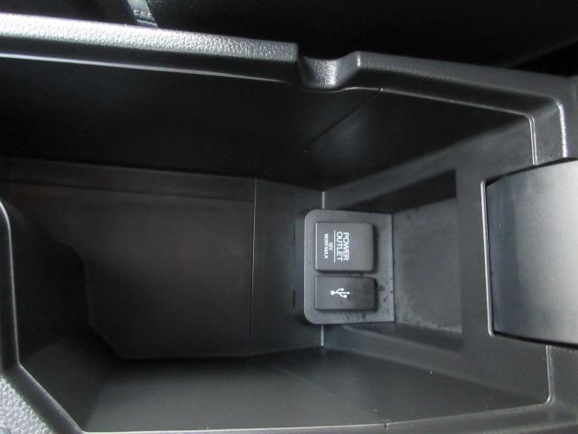 お見積り、お車の状態や装備など、ご案内できますのでサイト専用の『無料在庫確認・見積依頼』をご利用下さいませ。