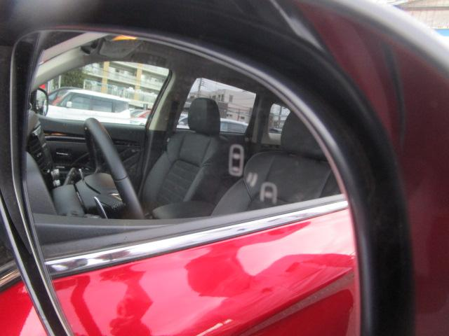 Gプラスパッケージ 2.4 4WD サポカーS 電気温水ヒーター AC1500Wコンセント 車両検知警報 サンルーフ 三菱POWERサウンド 禁煙車 サイド&カーテンエアバック レーダークルーズコントロール 衝突被害軽減(78枚目)