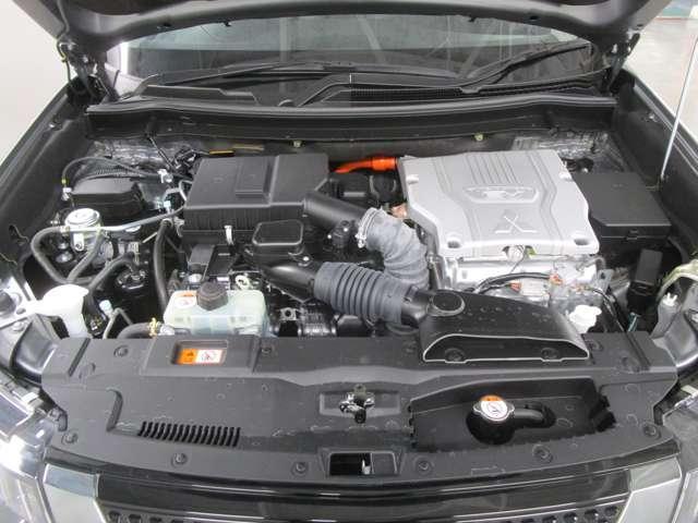 2400ccのプラグインハイブリッドエンジンです!