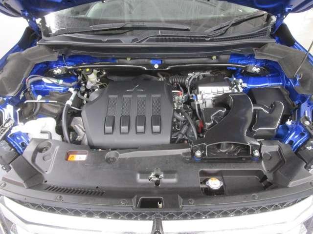 1500CCターボ付きエンジン&CVTで街中でもキビキビとした走行ができます。