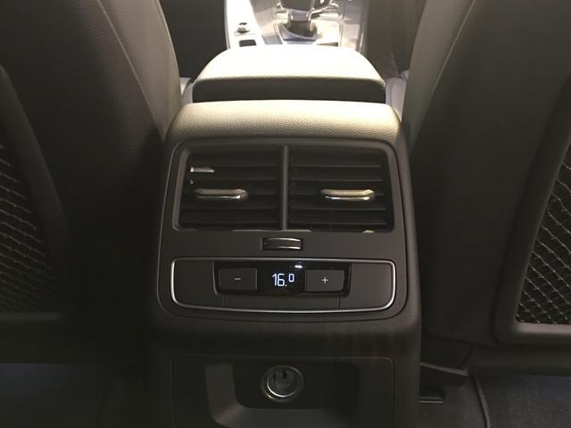 1.4TFSI タキシードスタイル 125台特別仕様車/バーチャルコクッピット/パーシャルレザーシート/D席メモリーシートヒーター/サラウンドビューカメラ/駐車出庫アシスト/Audiプレセンス/アダプティブクルーズコントロール/19AW(30枚目)
