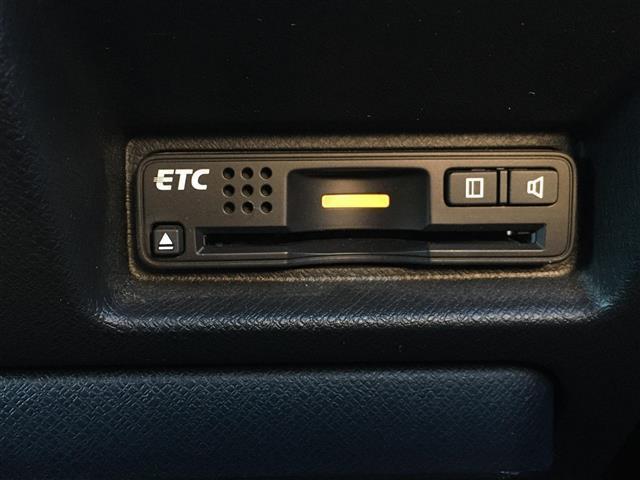 Z クールスピリット インターナビ セレクション スパーダ Z クールS Iナビセレ 純正ナビ TV バックカメラ 両側パワースライドドア フリップダウンモニター ETC ハーフレザーシート キセノンヘッド 横滑り防止(5枚目)