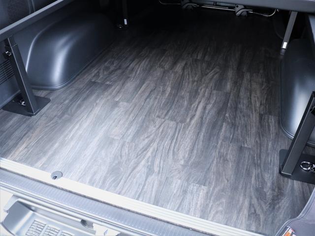 GL 重歩行フロア施工 高さ調整式ベッドキット EX16インチAW オープンカントリータイヤ 網戸 防虫ネット カロッツェリアSDナビ フルセグTV(4枚目)