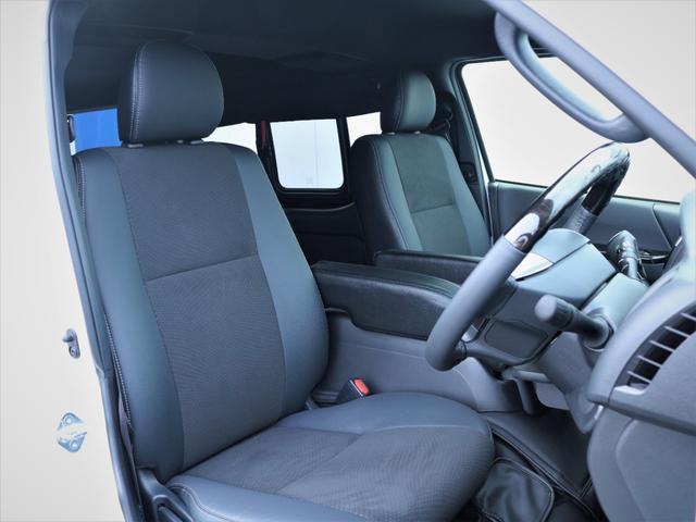 GL 重歩行フロア施工 高さ調整式ベッドキット EX16インチAW オープンカントリータイヤ 網戸 防虫ネット カロッツェリアSDナビ フルセグTV(10枚目)