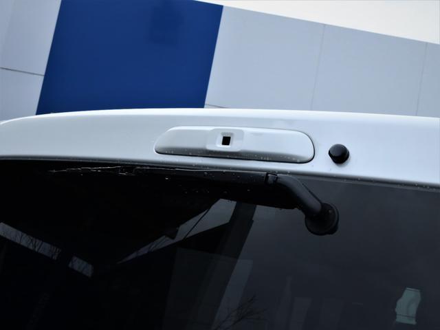 GL 重歩行フロア施工 高さ調整式ベッドキット EX16インチAW オープンカントリータイヤ 網戸 防虫ネット カロッツェリアSDナビ フルセグTV(23枚目)