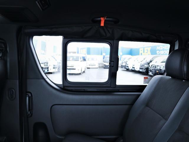 GL 重歩行フロア施工 高さ調整式ベッドキット EX16インチAW オープンカントリータイヤ 網戸 防虫ネット カロッツェリアSDナビ フルセグTV(34枚目)