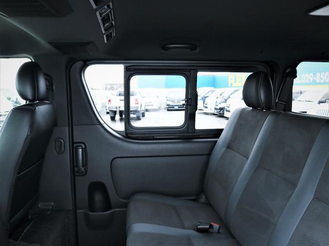 スーパーGL ダークプライムII 重歩行フロア施工 カロッツェリアSDナビ フルセグTV ビルトインETC デルフ17AW ナスカータイヤ PVM(30枚目)