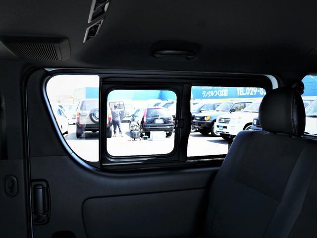 スーパーGL ダークプライムII レイズ18AW トーヨータイヤ FLEXオリジナルデルフィーノラインフロントエアロ フローリング施行 高さ調整式ベッドキット カロッツェリアSDナビ フルセグTV ビルトインETC(30枚目)
