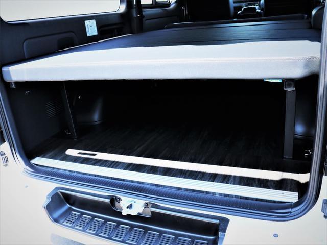スーパーGL ダークプライムII レイズ18AW トーヨータイヤ FLEXオリジナルデルフィーノラインフロントエアロ フローリング施行 高さ調整式ベッドキット カロッツェリアSDナビ フルセグTV ビルトインETC(32枚目)