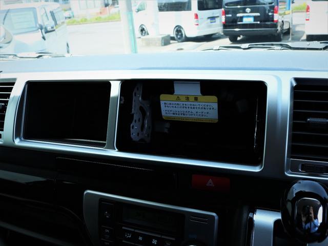 GL 内装アレンジVER2 シート変更 フローリング テーブル シートカバー SDナビ フルセグTV 後席モニター ビルトインETC デルフ17AW ナスカータイヤ LEDテール(14枚目)