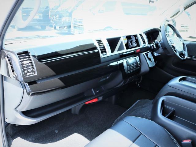 GL 内装アレンジVER2 シート変更 フローリング テーブル シートカバー SDナビ フルセグTV 後席モニター ビルトインETC デルフ17AW ナスカータイヤ LEDテール(17枚目)