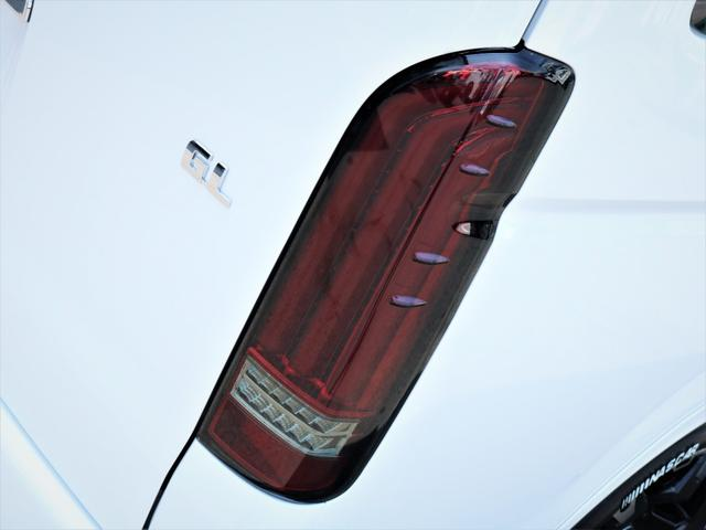 GL 内装アレンジVER2 シート変更 フローリング テーブル シートカバー SDナビ フルセグTV 後席モニター ビルトインETC デルフ17AW ナスカータイヤ LEDテール(18枚目)