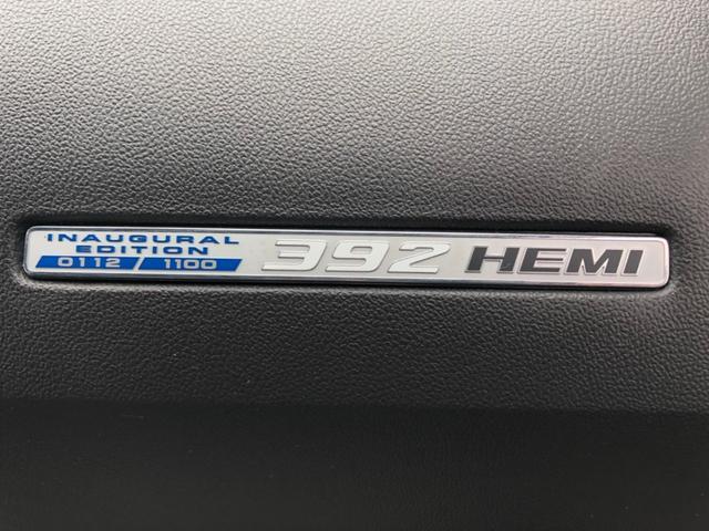 SRT8 392 限定車112/1100 inaugural edtion 社外ナビ フルセグTV バックカメラ Bluetooth接続 前後ドラレコ シートヒーター 専用レザーシート クルーズコントロール(18枚目)