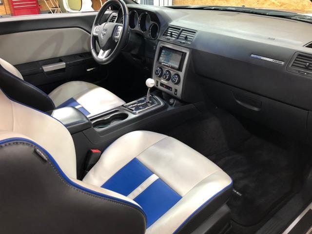 SRT8 392 限定車112/1100 inaugural edtion 社外ナビ フルセグTV バックカメラ Bluetooth接続 前後ドラレコ シートヒーター 専用レザーシート クルーズコントロール(24枚目)