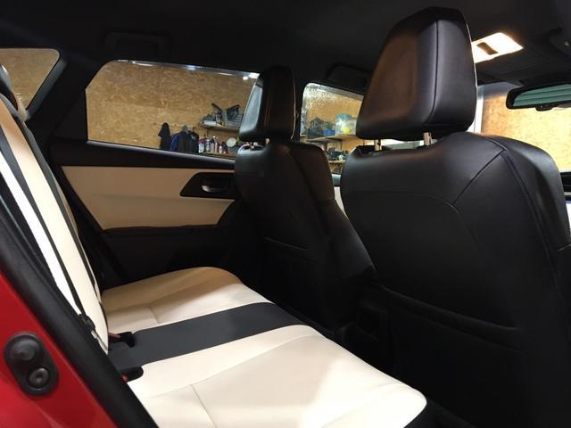 ハイブリッドGパッケージ ワンオーナー 21000キロ 社外19インチホイール ローダウン 社外マフラーブレンボブレーキ ブリックレーン Bluetooth シートヒーター 電動格納ミラー ハンズフリー  クルーズコントロール(30枚目)