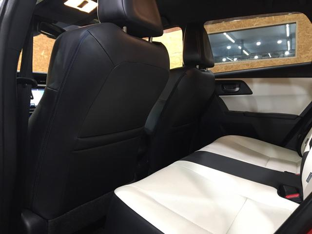 ハイブリッドGパッケージ ワンオーナー 21000キロ 社外19インチホイール ローダウン 社外マフラーブレンボブレーキ ブリックレーン Bluetooth シートヒーター 電動格納ミラー ハンズフリー  クルーズコントロール(33枚目)