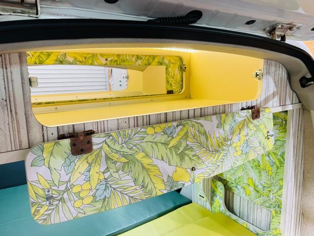 キャンピング仕様 全塗装済み 社外ナビ バックカメラ KENWOODドライブレコーダー サブバッテリー 室内テーブル 補助マット 大容量収納 外部電源 構造変更定員2名 後部座席網戸装着 ETC(40枚目)