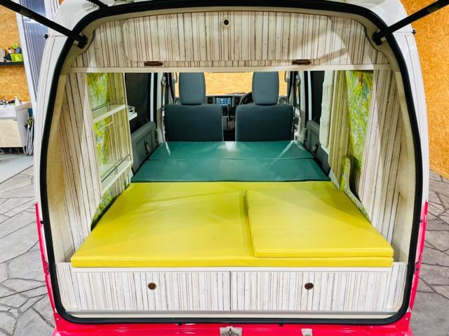 キャンピング仕様 全塗装済み 社外ナビ バックカメラ KENWOODドライブレコーダー サブバッテリー 室内テーブル 補助マット 大容量収納 外部電源 構造変更定員2名 後部座席網戸装着 ETC(52枚目)