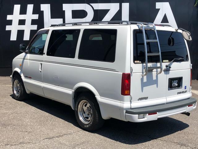 4WD 1ナンバー貨物登録 本革シート 社外15AW(7枚目)