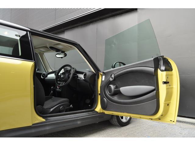 販売車輌は全て修復歴無し車両のみ。お乗りいただいてからもご安心いただける、最長5年間の選べる性能保証もご用意しております。