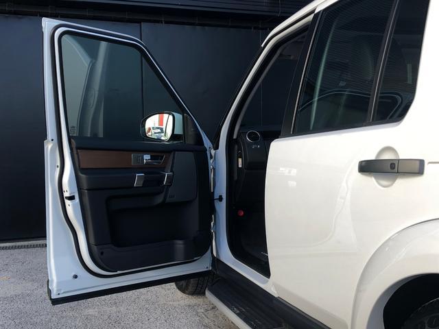 「ランドローバー」「ランドローバー ディスカバリー」「SUV・クロカン」「和歌山県」の中古車28