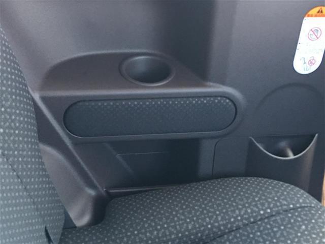 F 4WD トヨタセーフティセンス パワースライドドア(7枚目)