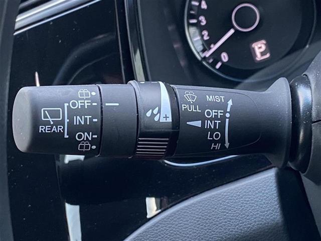 G 4WD コンフォートビューPKG 純正SDナビ バックカメラ ドライブレコーダー エンジンスターター ステアリングスイッチ Aストップ LEDヘッドライト オートライト ETC・スマートキー(10枚目)