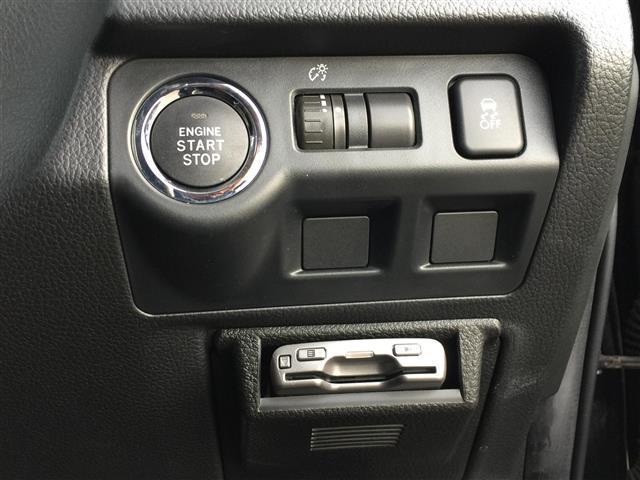 オートローン(オリコ・MMC・アプラスetc)自動車保険(損保ジャパン日本興亜・あいおいニッセイ同和損保・アメリカンホームダイレクト)各種取り扱っております!!お車のサポート関係も充実しております!!