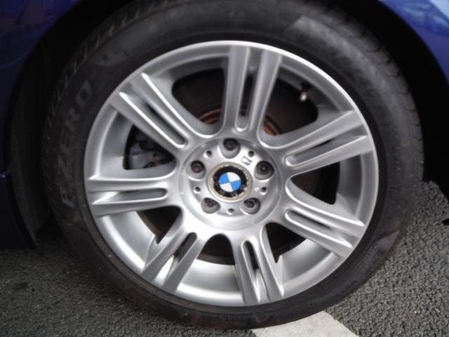 335i Mスポーツパッケージ ワンオーナー BMWディーラー点検記録簿11枚 純正HDDナビ 黒革シート ピレリP-ZEROランフラットタイヤ7分山 クルコン シートヒーター リア電動サンシェード スマートキー パワーシート(10枚目)