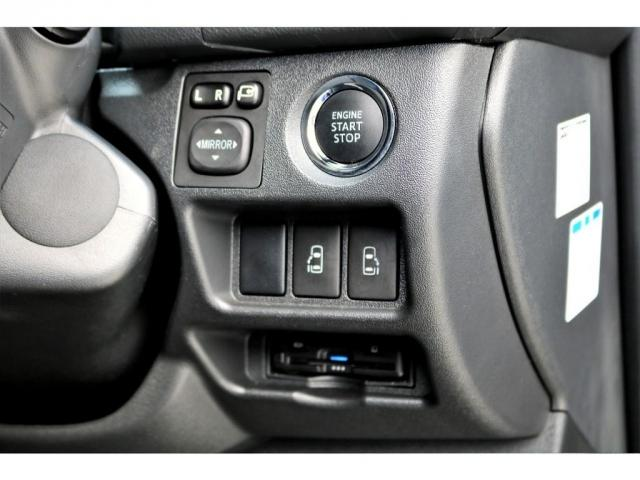 2.8 スーパーGL ロング ディーゼルターボ ディーゼル 2WD 4型 ブラック 1.5インチローダウン フロントスポイラー ウィンカーミラー 17インチアルミ ナスカータイヤ LEDテール シートカバー ベッドキット SDナビ ETC Bカメラ(18枚目)