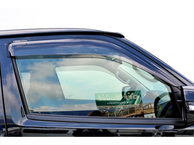 2.8 スーパーGL ロング ディーゼルターボ ディーゼル 2WD 4型 ブラック 1.5インチローダウン フロントスポイラー ウィンカーミラー 17インチアルミ ナスカータイヤ LEDテール シートカバー ベッドキット SDナビ ETC Bカメラ(28枚目)