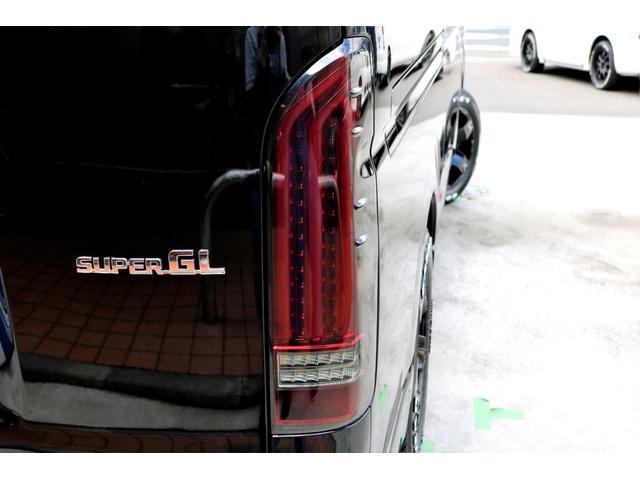 2.8 スーパーGL ロング ディーゼルターボ ディーゼル 2WD 4型 ブラック 1.5インチローダウン フロントスポイラー ウィンカーミラー 17インチアルミ ナスカータイヤ LEDテール シートカバー ベッドキット SDナビ ETC Bカメラ(32枚目)