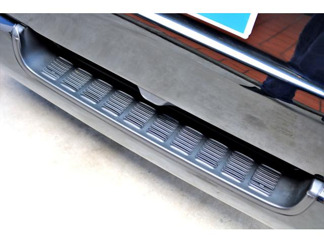 2.8 スーパーGL ロング ディーゼルターボ ディーゼル 2WD 4型 ブラック 1.5インチローダウン フロントスポイラー ウィンカーミラー 17インチアルミ ナスカータイヤ LEDテール シートカバー ベッドキット SDナビ ETC Bカメラ(34枚目)