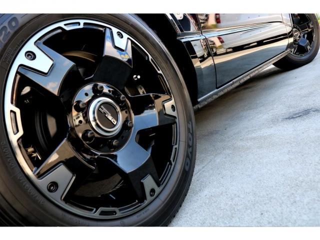 スーパーGL ダークプライムII ガゾリン 2WD 6型 ブラック フロントスポイラー オーバーフェンダー 17インチアルミ TOYO H20タイヤ LEDテール ベッドキット 8インチSDナビ ETC2.0 バックカメラ(10枚目)