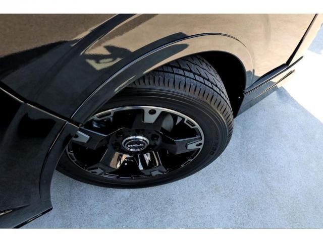 スーパーGL ダークプライムII ガゾリン 2WD 6型 ブラック フロントスポイラー オーバーフェンダー 17インチアルミ TOYO H20タイヤ LEDテール ベッドキット 8インチSDナビ ETC2.0 バックカメラ(12枚目)
