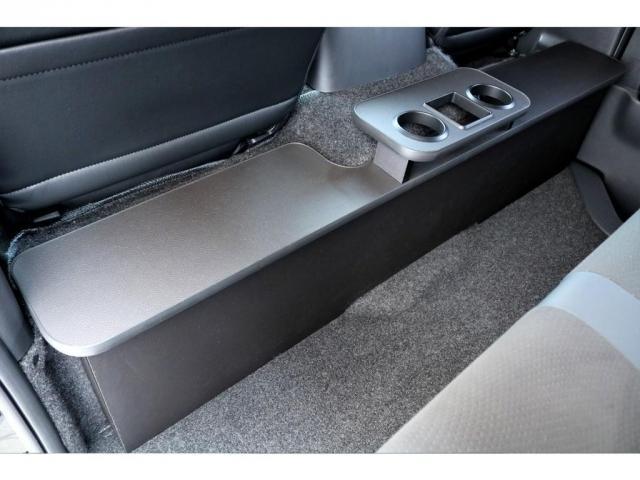 スーパーGL ダークプライムII ガゾリン 2WD 6型 ブラック フロントスポイラー オーバーフェンダー 17インチアルミ TOYO H20タイヤ LEDテール ベッドキット 8インチSDナビ ETC2.0 バックカメラ(16枚目)