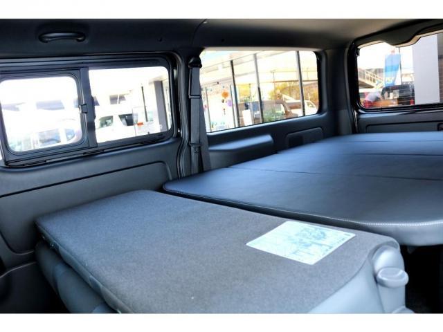 スーパーGL ダークプライムII ガゾリン 2WD 6型 ブラック フロントスポイラー オーバーフェンダー 17インチアルミ TOYO H20タイヤ LEDテール ベッドキット 8インチSDナビ ETC2.0 バックカメラ(18枚目)