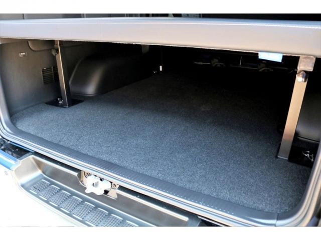 スーパーGL ダークプライムII ガゾリン 2WD 6型 ブラック フロントスポイラー オーバーフェンダー 17インチアルミ TOYO H20タイヤ LEDテール ベッドキット 8インチSDナビ ETC2.0 バックカメラ(19枚目)