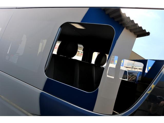 スーパーGL ダークプライムII ガゾリン 2WD 6型 ブラック フロントスポイラー オーバーフェンダー 17インチアルミ TOYO H20タイヤ LEDテール ベッドキット 8インチSDナビ ETC2.0 バックカメラ(28枚目)