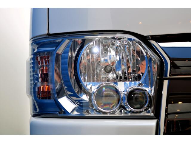 スーパーGL ダークプライムII ディーゼル 2WD 5型 パールホワイト フロントスポイラー 17インチアルミ ナスカータイヤ LEDテール フロア施工 SDナビ ETC バックカメラ LEDヘッドライト スマートキー(23枚目)