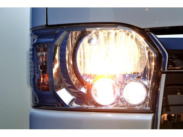 スーパーGL ダークプライムII ディーゼル 2WD 5型 パールホワイト フロントスポイラー 17インチアルミ ナスカータイヤ LEDテール フロア施工 SDナビ ETC バックカメラ LEDヘッドライト スマートキー(25枚目)