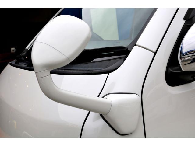 スーパーGL ダークプライムII ディーゼル 2WD 5型 パールホワイト フロントスポイラー 17インチアルミ ナスカータイヤ LEDテール フロア施工 SDナビ ETC バックカメラ LEDヘッドライト スマートキー(27枚目)