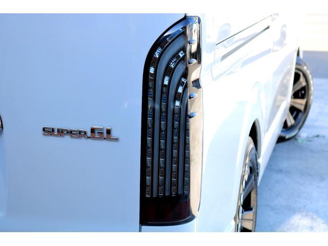 スーパーGL ダークプライムII ディーゼル 2WD 5型 パールホワイト フロントスポイラー 17インチアルミ ナスカータイヤ LEDテール フロア施工 SDナビ ETC バックカメラ LEDヘッドライト スマートキー(32枚目)