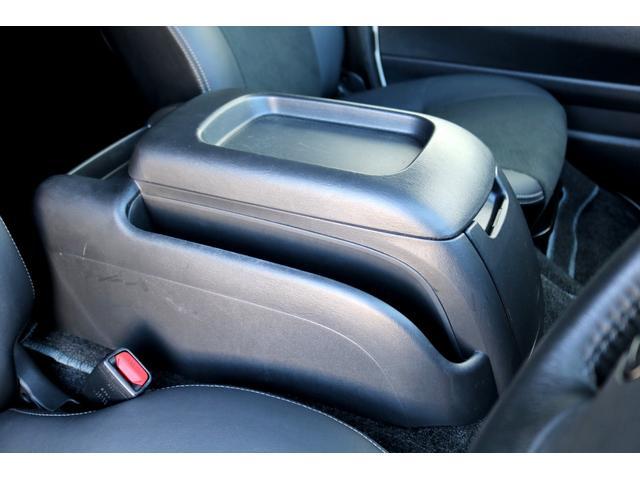 スーパーGL ダークプライムII ディーゼル 2WD 5型 パールホワイト フロントスポイラー 17インチアルミ ナスカータイヤ LEDテール フロア施工 SDナビ ETC バックカメラ LEDヘッドライト スマートキー(39枚目)
